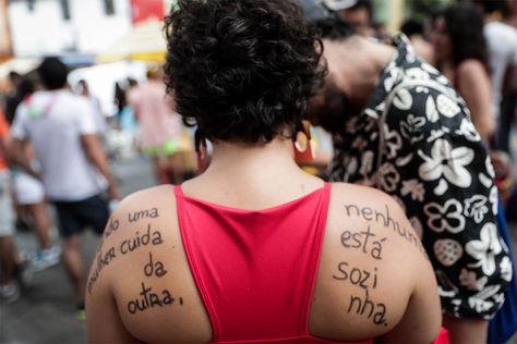 Un grupo de mujeres que se manifiesta en contra del acoso sexual en Sao Paulo.