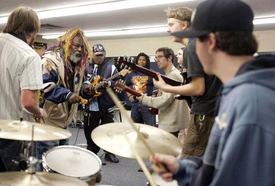 Una clase de funk en la universidad de Berklee, Boston. (Reuters)
