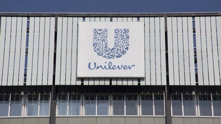 Unilever es una multinacional dueña de varias marcas de productos de limpieza, cuidado personal y alimentos