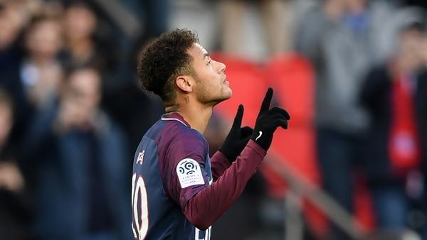La demencial jugada de Neymar con la que superó a cinco rivales