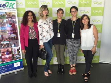 Elizabeth Salguero (ONU Mujeres), Sarah Rivera (Influencer), Claudia Cárdenas (Fundación VIVA), Graciela Cuéllar y Isabel Araníbar (VIVA)