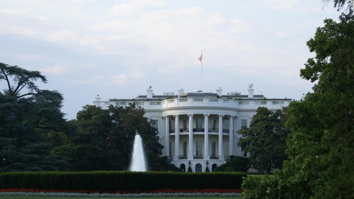 Presenta la Casa Blanca un plan para evitar tiroteos en escuelas