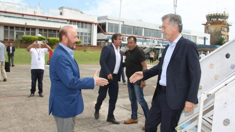 Mauricio Macri recorrió obras en Formosa con el Gildo Insfrán (Télam)