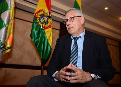 El agente Eduardo Rodríguez Veltzé, durante una entrevista con La Razón. Foto: Alejandra Rocabado