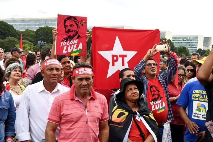 La Corte decidió que Lula Da Silva puede ir preso