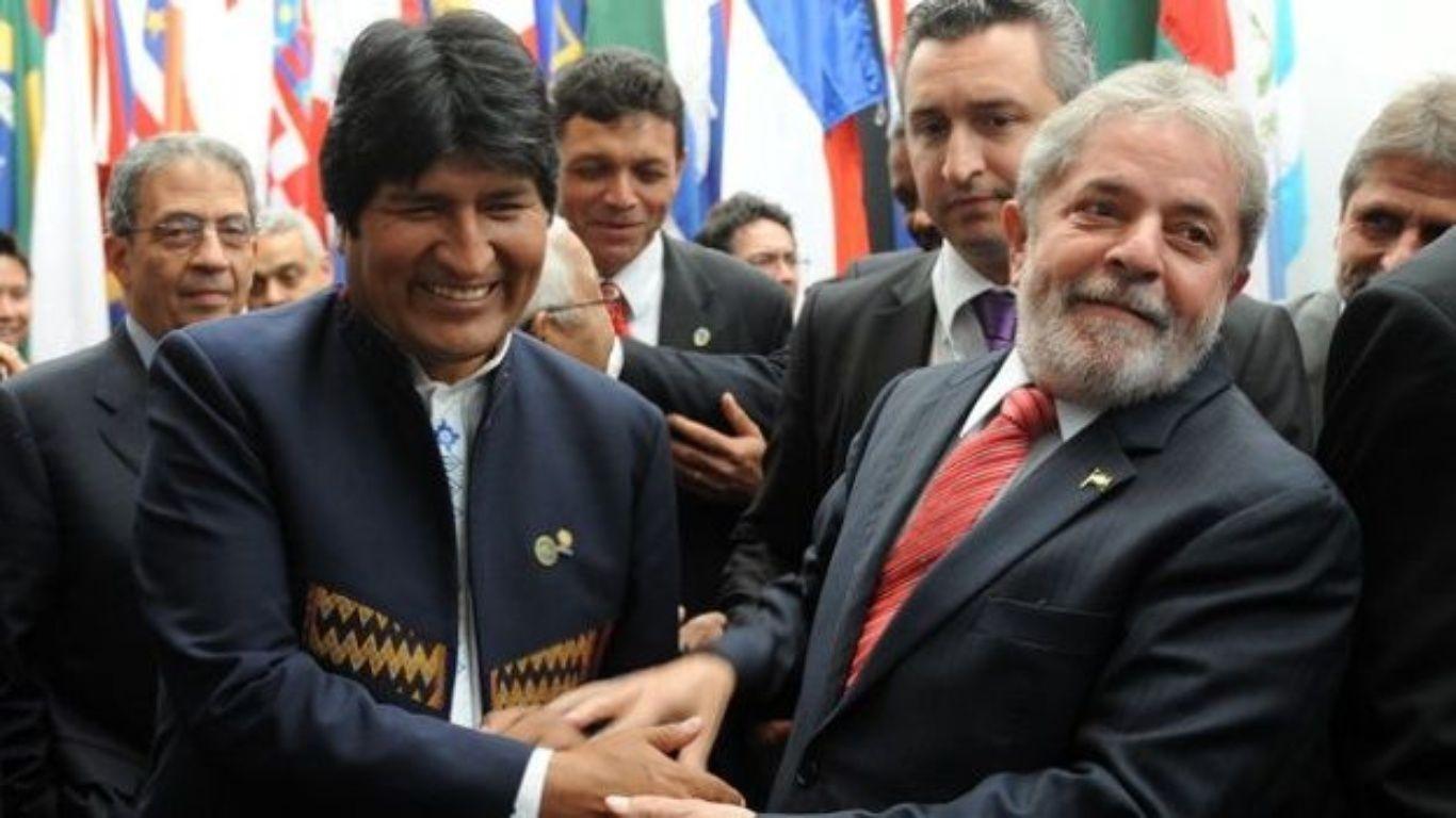 Evo firma leyes para exploración de gas natural en Bolivia