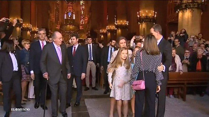 Las reinas de España aparecen juntas y sonrientes