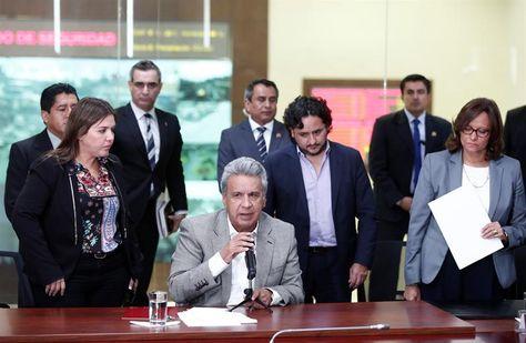 En conferencia de prensa, el presidente de Ecuador, Lenín Moreno, confirma el asesinato del equipo de prensa de El Comercio. Foto: EFE