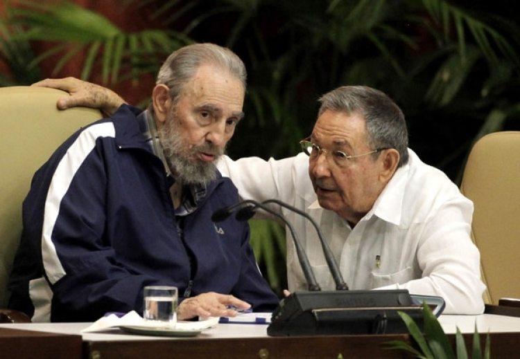 Díaz-Canel será el primer líder cubano nacido después de la revolución de 1959 y tendrá que forjar una legitimidad que fue natural en los Castro (AP)