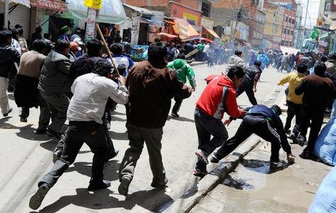Foto de archivo de un conflicto entre choferes, en La Paz.