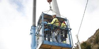 Culmina el montaje de la torre más alta del teleférico de La Paz que mide 62 metros