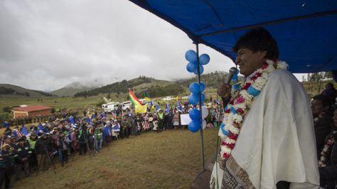 El presidente Evo Morales en entrega de viviendas sociales en Cochabamba. Foto:Ministerio de Comunicación
