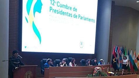 El presidente Evo Morales en la inauguración de la XII Cumbre de Presidentas de Parlamentos. Foto:Ministerio de Comunicación