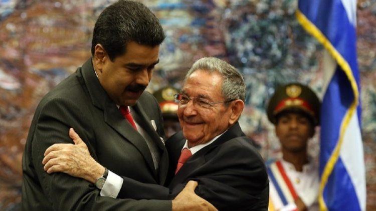 Maduro prepara una Constitución similar a la del régimen castrista en Cuba (EFE)