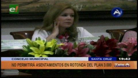Municipio cruceño hará prevalecer la ley para desalojar a ambulantes del Plan Tres Mil