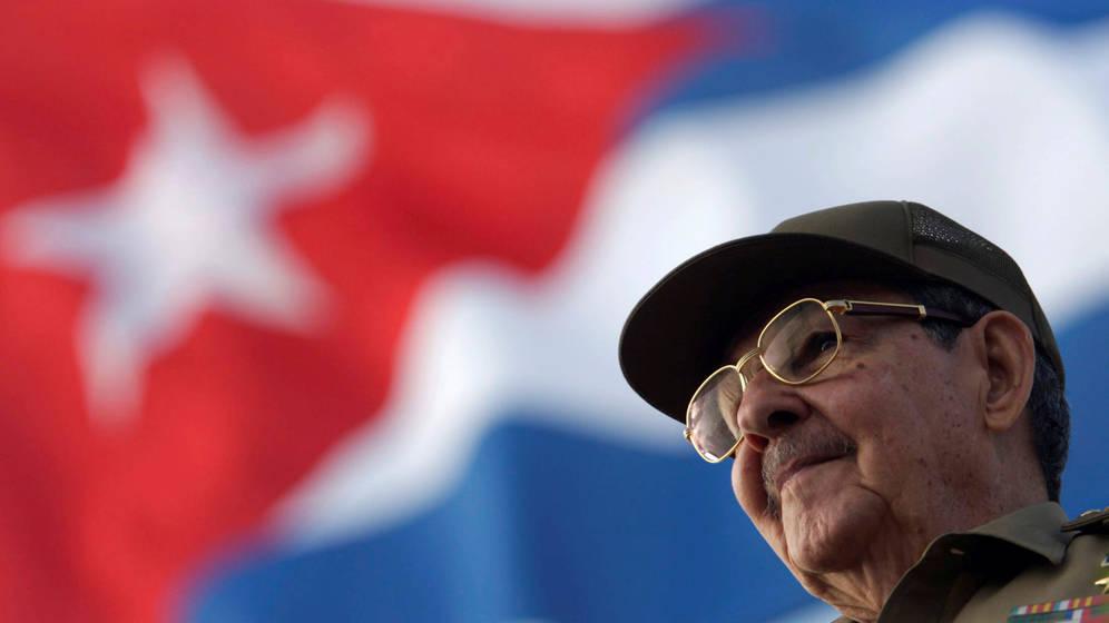 Foto: Raúl Castro durante un desfile en La Habana, en una foto de archivo. (Reuters)