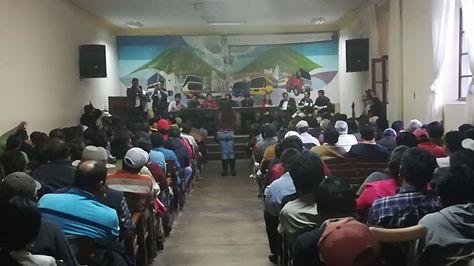Reunión de instituciones chuquisaqueñas en la sede de los transportistas.
