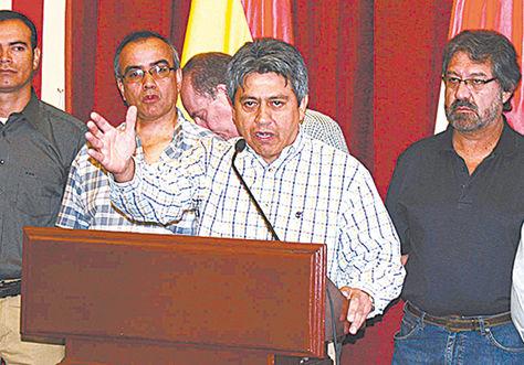 El exgobernador de Tarija Mario Cossío.