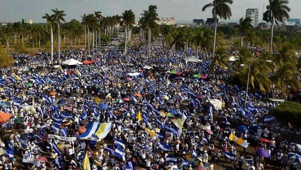Autoridad de gran universidad de Nicaragua exige a estudiantes ceder edificio