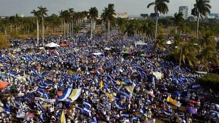 Las masivas protestas contra el régimen de Ortega cumplen 19 días (AFP)