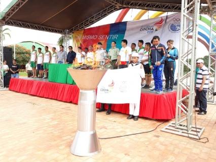 Presidente de Bolivia entrega coliseo para Juegos Suramericanos