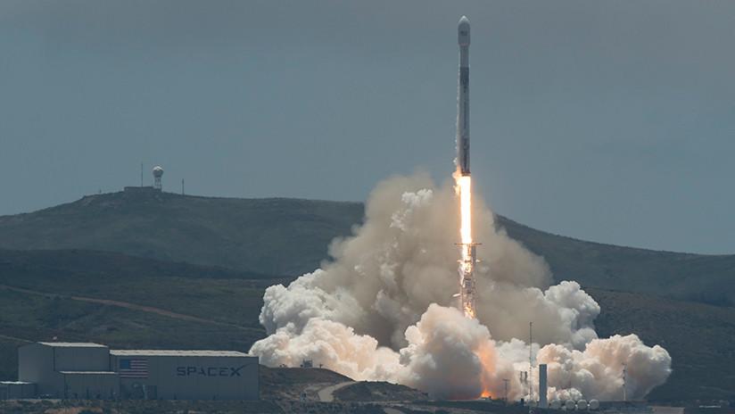 VIDEO: El Falcon 9 despega con siete satélites a bordo