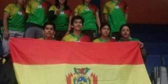 Juegos: Chile derrota a Bolivia en bádminton en todas las categorías