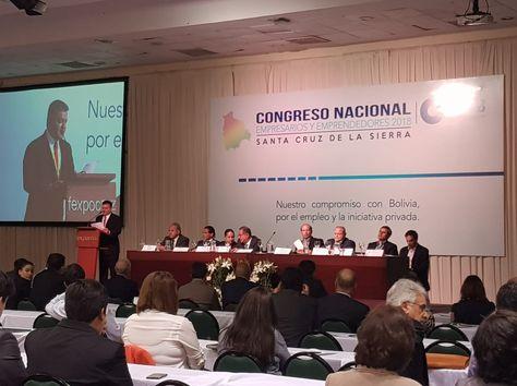 La clausura del congreso de empresarios que se desarrolló en Santa Cruz y que planteó varias exigencias al Gobierno.