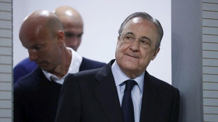 Florentino Pérez expresó su sorpresa por la inesperada renuncia del Real Madrid (Reuters)