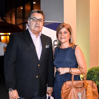 Carlos Ortiz y Ana Claudia Ortiz