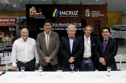 Gabriel Dávalos, Gte regional, Hugo Salmón, Ruben Costas, Javier Arze, Gte Nal automotriz y Germaín Caballero