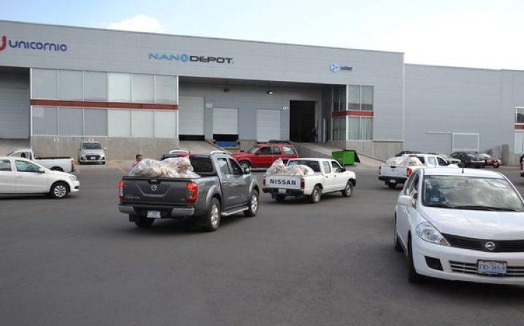 Un convoy de vehículos traslado todos los artículos para la investigación de la Fepade.
