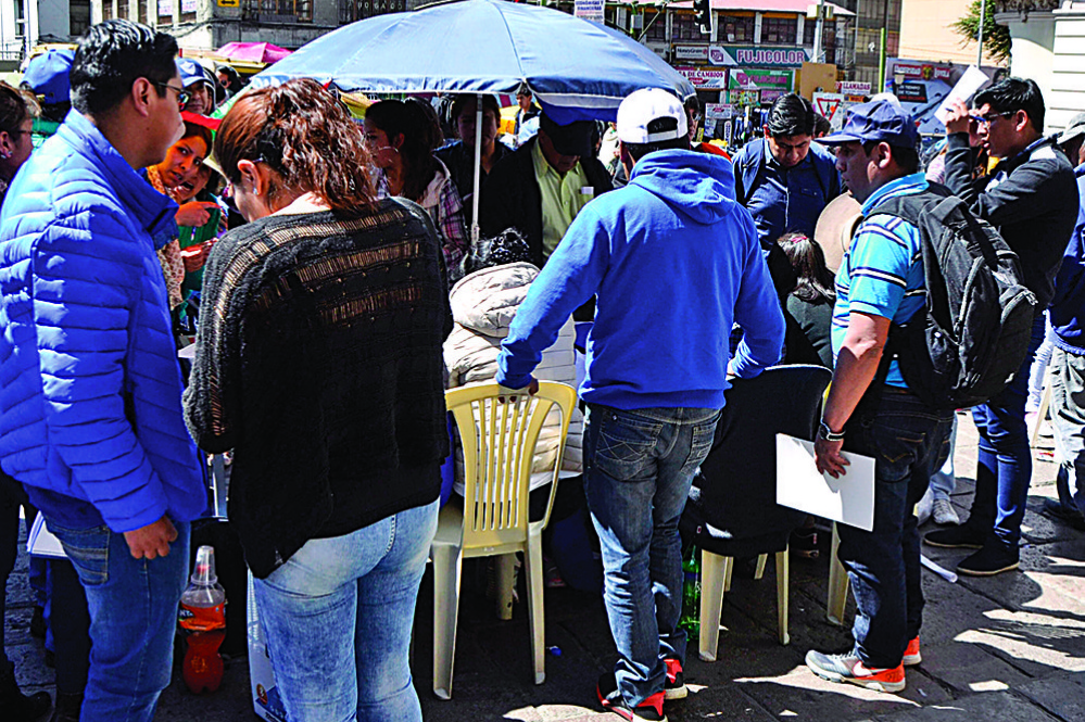 Disputa cocalera frena el registro de militantes del MAS en Yungas