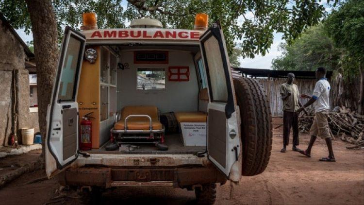 Una ambulancia en Sudán del Sur. Foto de Alessandro Rota/Getty