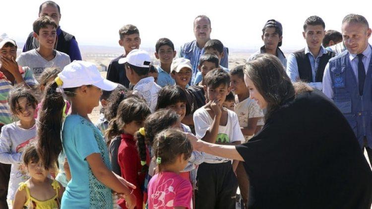 Angelina Jolie fue nombrada Embajadora de Buena Voluntad de ACNUR en el 2002(EFE)