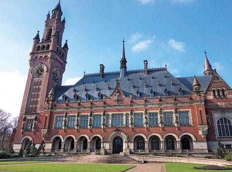 Infraestructura. El Palacio de la Paz, sede de la Corte Internacional de Justicia de La Haya, en Holanda.