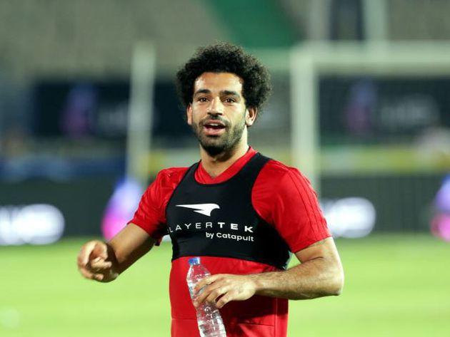 Salah intensificó los entrenamientos y sería titular frente a Uruguay
