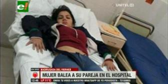 Balean a joven y una mujer intenta 'rematarlo' en un hospital de Santa Cruz