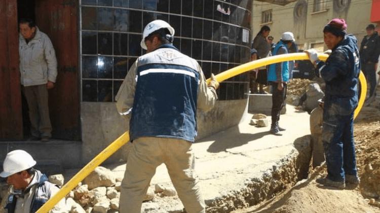 ypfb_gasdomiciliario_trabajadores