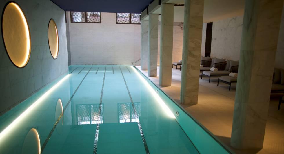 La nueva piscina del Hotel Lutetia.