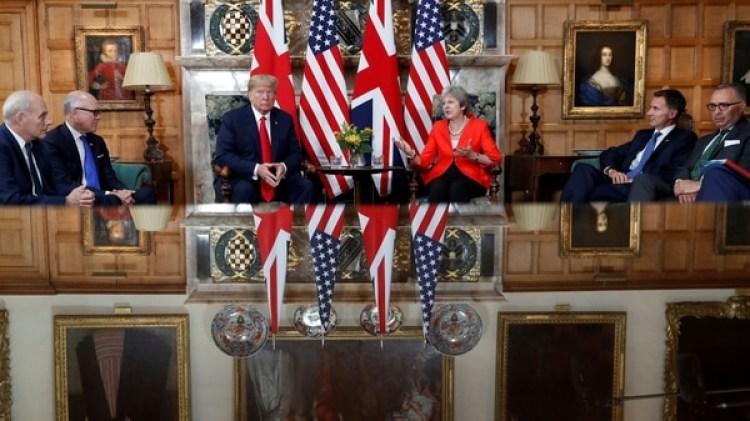 Trump y May antes del inicio de la reunión (Reuters)