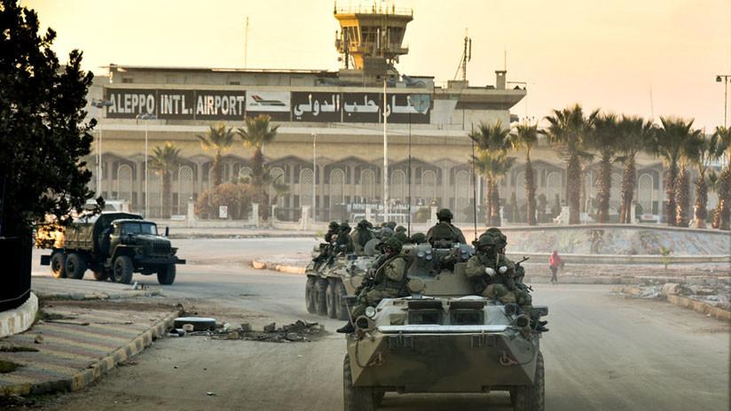 Rebeldes entregan tanques y vehículos militares en el sur sirio