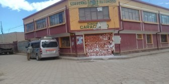 Denuncias de corrupción llevan a pobladores a tapiar la Alcaldía de Caracollo, Oruro