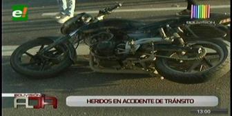 Vagoneta choca a una moto frente al Comando de la Policía