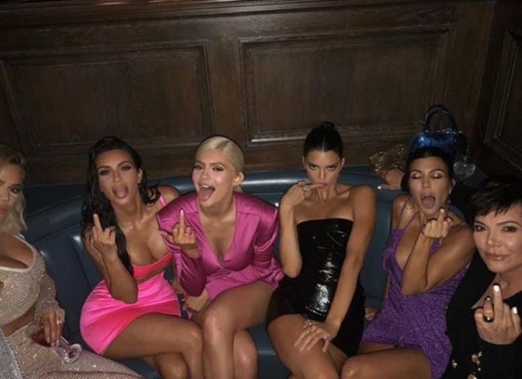 Kanye West reveló que le gustaría tener relaciones sexuales con todas las hermanas Kardashian