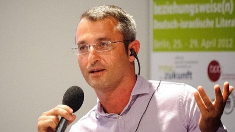 El escritor Eshkol Nevo (Crédito: Heinrich-Böll-Stiftung. Aurora)