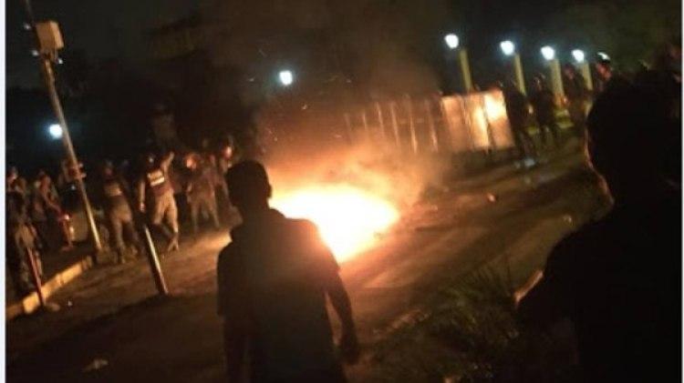 Los venezolanos llegaron hasta los alrededores del Palacio de Miraflores, sede del Ejecutivo venezolano