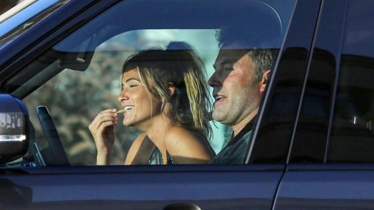 Ben Affleck y su nueva novia, Shauna Sexton (The Grosby Group)