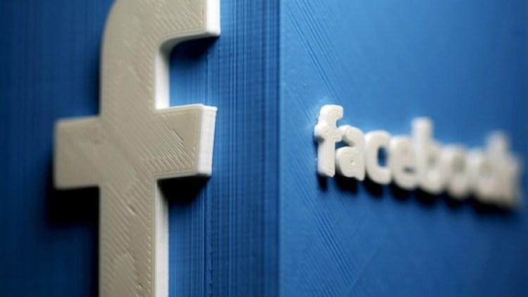 La influencia discursiva en red socialcarece de los matices y diferencias de la vida física.(Reuters)