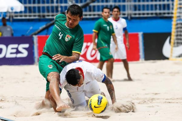 Resultado de imagen para fútbol playa en bolivia